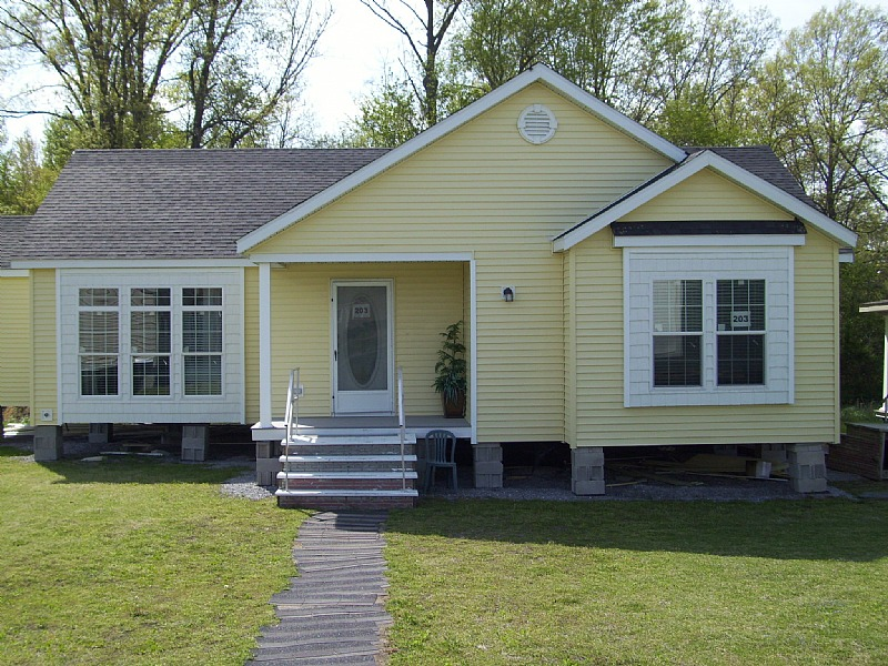 Fairmont Triple Wide Home With Maple Cabinets And